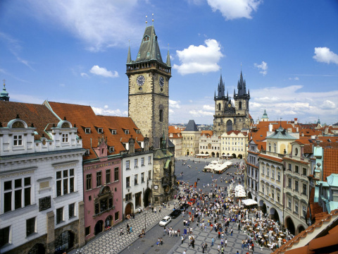 b_480_360_16777215_00_images_tours_01a-prague-old-town-square.jpg