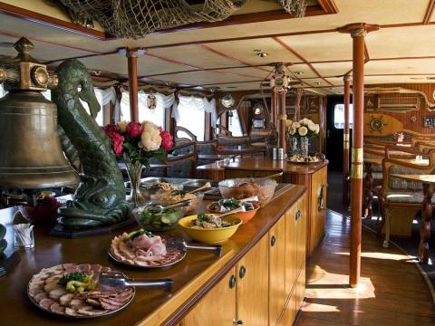 b_480_360_16777215_00_images_tours_05-short-river-cruise-3.jpg