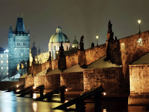 b_480_360_16777215_00_images_tours_12-prague-charles-bridge-1.jpg