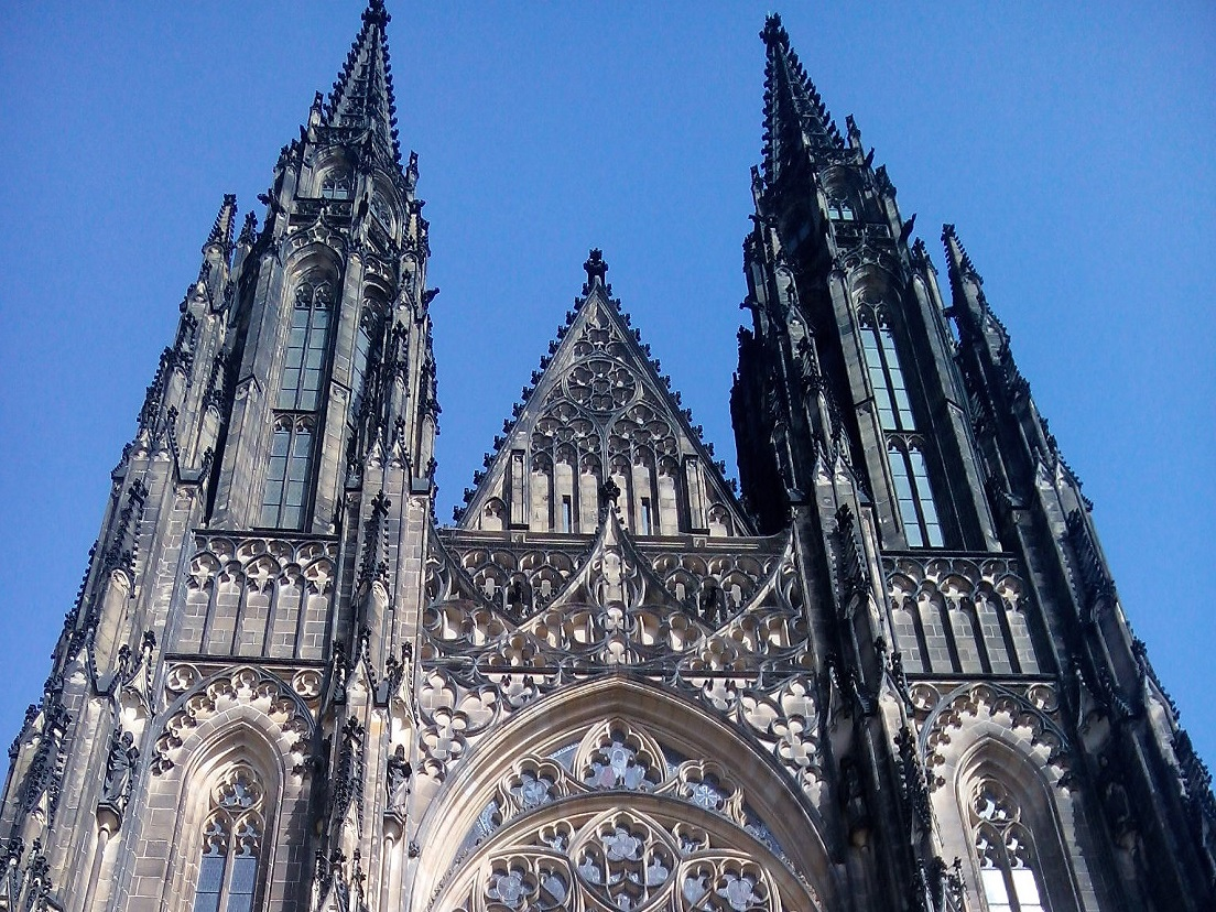 Historical Prague Bus Tour